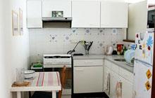 简洁小厨房 10图小户型空间福音