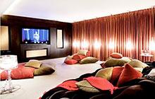 13组团聚沙发设计 打造温馨影音室